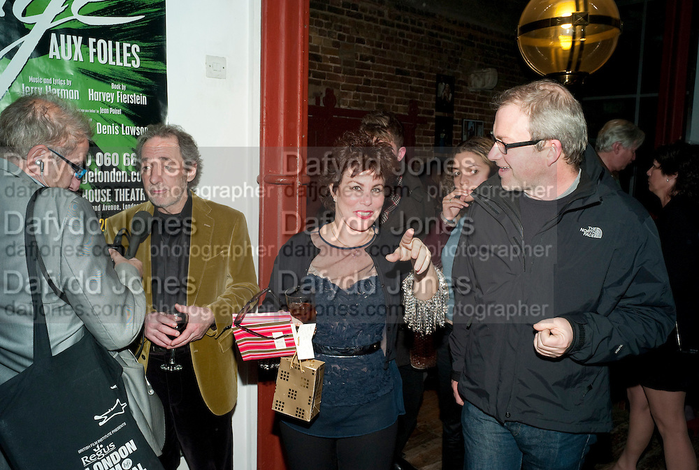 RUBY WAX; HARRY ENFIELD, Gala performance of  RUBY WAX- LOSING IT  in aid of  Comic Relief. Menier Theatre. London. 23 February 2011. -DO NOT ARCHIVE-© Copyright Photograph by Dafydd Jones. 248 Clapham Rd. London SW9 0PZ. Tel 0207 820 0771. www.dafjones.com.