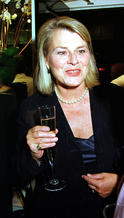 MRS RONALD FERGUSON at a party in London on 21st September 1999.MWO 41