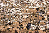 Afghanistan. aerial view of the capital snow Kabul  Afghanistan     /vue générale du centre de Kaboul  Kaboul  Afghanistan   /    L0007433  /  AFG021  /  P111248