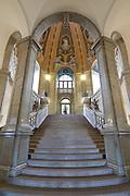 Altstadt, Neues Rathaus, Treppenaufgang des Festsaalfluegels, Dresden, Sachsen, Deutschland.VERWENDUNG NUR REDAKTIONELL  |.Dresden, Germany,  old town, New Guildhall, staircase