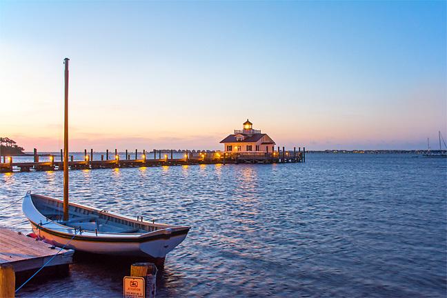 Sunrise at the Manteo NC Lighthouse