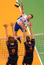 12-05-2019 NED: Abiant Lycurgus - Achterhoek Orion, Groningen<br /> Final Round 5 of 5 Eredivisie volleyball, Orion wins Dutch title after thriller against Lycurgus 3-2 / Auke van de Kamp #5 of Lycurgus