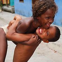 Niños del pueblo de Chuao, Edo. Aragua, Venezuela