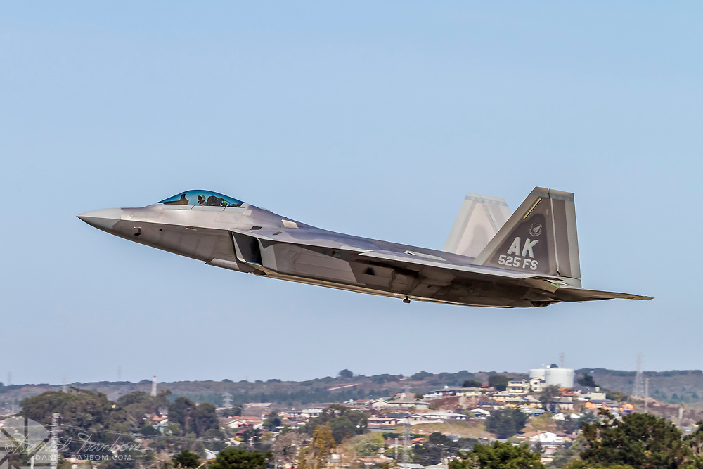 F-22 Raptor taking off, MRY, Monterey, California