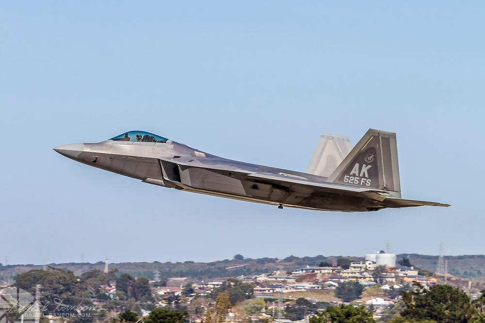 F-22 Raptor taking off, MRY, Monterey, California