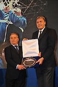 DESCRIZIONE : Monza Vila Reale Italia Basket Hall of Fame<br /> GIOCATORE : Dino Meneghin Alessandro Galleani<br /> SQUADRA : FIP Federazione Italiana Pallacanestro <br /> EVENTO : Italia Basket Hall of Fame<br /> GARA : <br /> DATA : 29/06/2010<br /> CATEGORIA : Premiazione<br /> SPORT : Pallacanestro <br /> AUTORE : Agenzia Ciamillo-Castoria/M.Gregolin