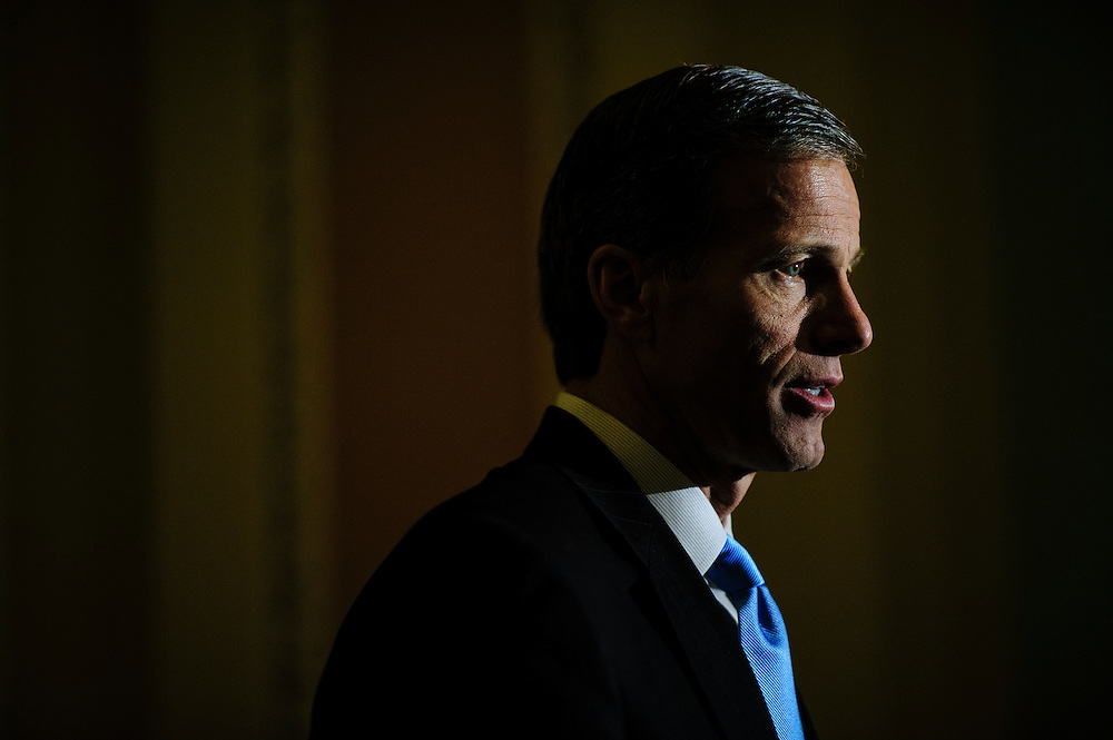 Senator John Thune (R-SD)is interviewed by a reporter following a party caucus meeting at the U.S. Capitol. Fiscal cliff negotiations continue at the U.S. Capitol in Washington, District of Columbia, U.S., on Sunday, Dec. 30, 2012. A combination of spending cuts and tax increases are set to kick in within hours unless congressional Republicans and Democrats cut a last-minute deal. Photographer: Pete Marovich/Bloomberg