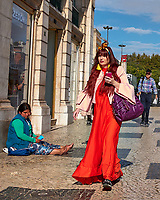 Color Contrasts. Morning Street Photography in Lisbon. Image taken with a Leica CL camera and 23 mm f/2 lens.