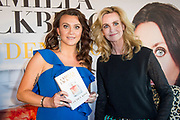 Boekpresentatie van Camilla Lackberg - Gouden Kooi in Mama Kelly, Amsterdam.<br /> <br /> Op de foto: Camilla Lackberg en Daphne Deckers