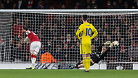 Football - UEFA 2017 / 2018 Europa League - Group H: Arsenal vs. FC BATE Borisov<br /> <br /> Olivier Giroud (Arsenal FC) scores from the penalty spot after he is forced to retake his kick at The Emirates.<br /> <br /> COLORSPORT/DANIEL BEARHAM