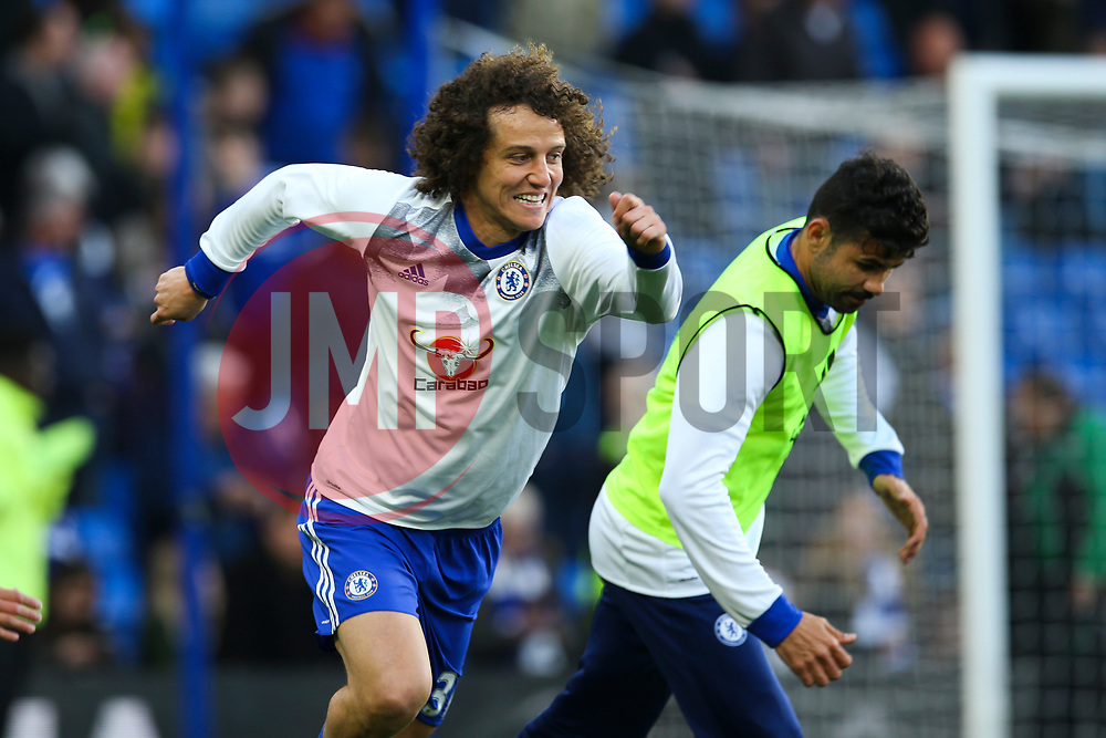 David Luiz of Chelsea warms up - Mandatory by-line: Jason Brown/JMP - 08/05/17 - FOOTBALL - Stamford Bridge - London, England - Chelsea v Middlesbrough - Premier League