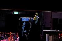 UTRECHT -  Cabaretier Armand ~Schreurs tijdens  het NVG congres met als thema 'vinden& binden'. COPYRIGHT KOEN SUYK