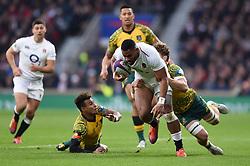 Joe Cokanasiga of England takes on the Australia defence - Mandatory byline: Patrick Khachfe/JMP - 07966 386802 - 24/11/2018 - RUGBY UNION - Twickenham Stadium - London, England - England v Australia - Quilter International