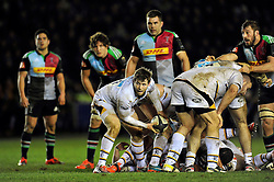 Elliot Daly of Wasps looks to pass the ball back - Photo mandatory by-line: Patrick Khachfe/JMP - Mobile: 07966 386802 17/01/2015 - SPORT - RUGBY UNION - London - The Twickenham Stoop - Harlequins v Wasps - European Rugby Champions Cup