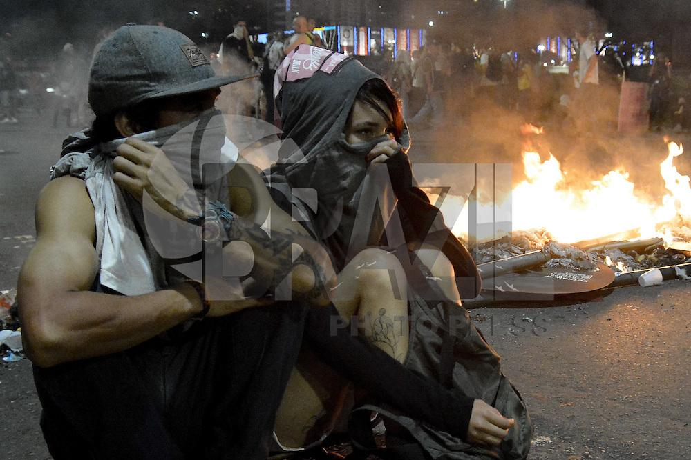 BRASÍLIA, DF, 29.11.2016 – MANIFESTAÇÃO-DF – Manifestação em Brasília nesta terça-feira, 29, contra a PEC 241, Corte de Gastos e Reforma do Ensino. (Foto: Ricardo Botelho/Brazil Photo Press)