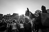 The Istrice horse is conducted to the piazza del Campo for the test race
