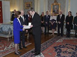 Kˆnigin Silvia bei der Verleihung der Prinz Eugen Medaillen im Schloss in Stockholm / 091216<br /> <br /> ***Presentation of the Prince Eugen Medal in Stockholm, Sweden, Dec. 09th, 2016.***