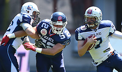 07.06.2014, Ernst Happel Stadion, Wien, AUT, American Football Europameisterschaft 2014, Spiel um Platz 3, Frankreich (FRA) vs Finnland (FIN), im Bild Veikka Lehtonen, (Team Finland, RB, #12),  Baptiste  Noir , (Team France, LB , #52) und  Miro Kadmiry, (Team Finland, QB, #7) // during the American Football European Championship 2014 game for place 3 between France and Finland at the Ernst Happel Stadion, Vienna, Austria on 2014/06/07. EXPA Pictures © 2014, PhotoCredit: EXPA/ Thomas Haumer