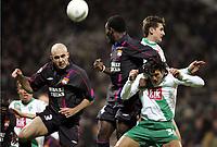Fotball, 23. februar 2005, Champions League Sv Werder Bremen - Olympique Lyon<br /> v.l. Cris, Sidney Govou, Nelson Valdez, Miroslav Klose Bremen