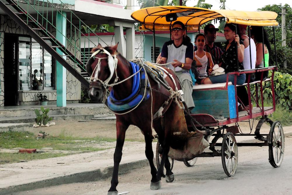 Coche de caballos in Cabaiguan, Sancti Spiritus, Cuba.