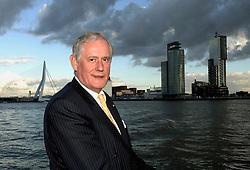 09-12-2006 VOLLEYBAL: CEV OP BEZOEK IN NEDERLAND: ROTTERDAM<br /> De board of Executive Committee CEV waren uitgenodigd door Rotterdam, Rotterdam Topsport en de NeVoBo voor de uitleg van O[peration Restore Confidence / Hans Nieukerke<br /> ©2006-WWW.FOTOHOOGENDOORN.NL