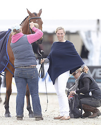 59839684 <br /> Zara Phillips, daughter of Princess Anne and Granddaughter of the British Queen at Luhmühlen, before the Jump in Look, Salzhausen in Germany, June 16, 2013. UK ONLY