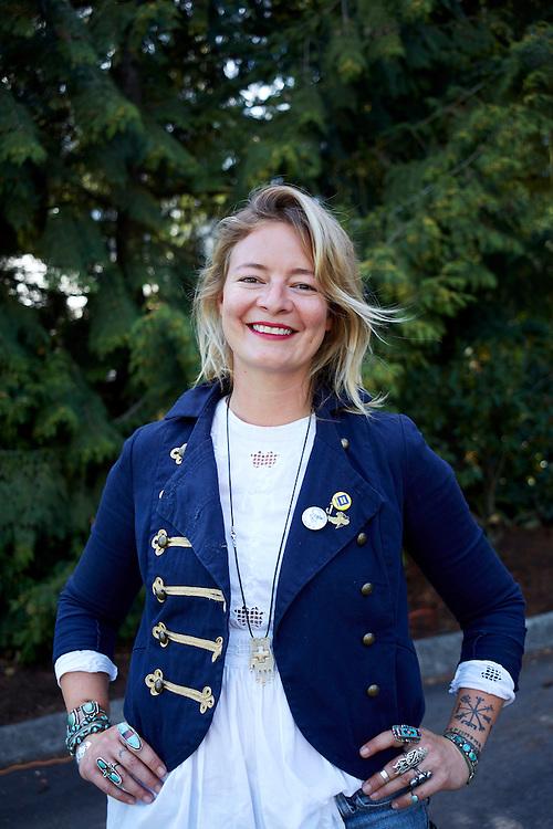 Lauren DeVine Portrait, Wanderer