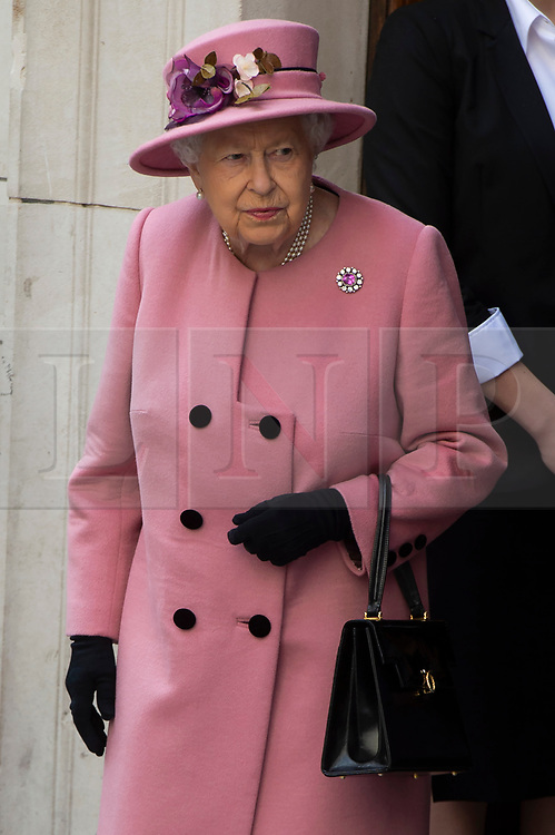 © Licensed to London News Pictures. 19/03/2019. London, UK. Queen Elizabeth II  visit King's College to open Bush House, the latest education and learning facilities on the Strand Campus. Photo credit: Ray Tang/LNP