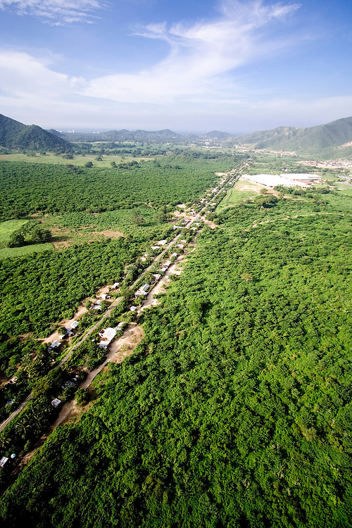 A transect of forest clearance around an electricity line in the foothills of the Sierra Nevada de Santa Marta, Colombia