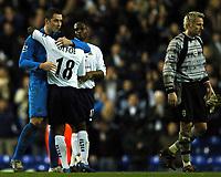 Photo: Javier Garcia/Back Page Images<br />Tottenham Hotspur v Southampton, FA Barclays Premiership, White Hart Lane 18/12/04<br />Paul Robinson congratulates hat-trick hero Jermaine Defoe as Antti Niemi trudges off