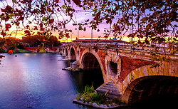 Autumn sunset at the Pont Neuf bridge over the Garonne River, Toulouse, France<br /> <br /> (c) Andrew Wilson | Edinburgh Elite media