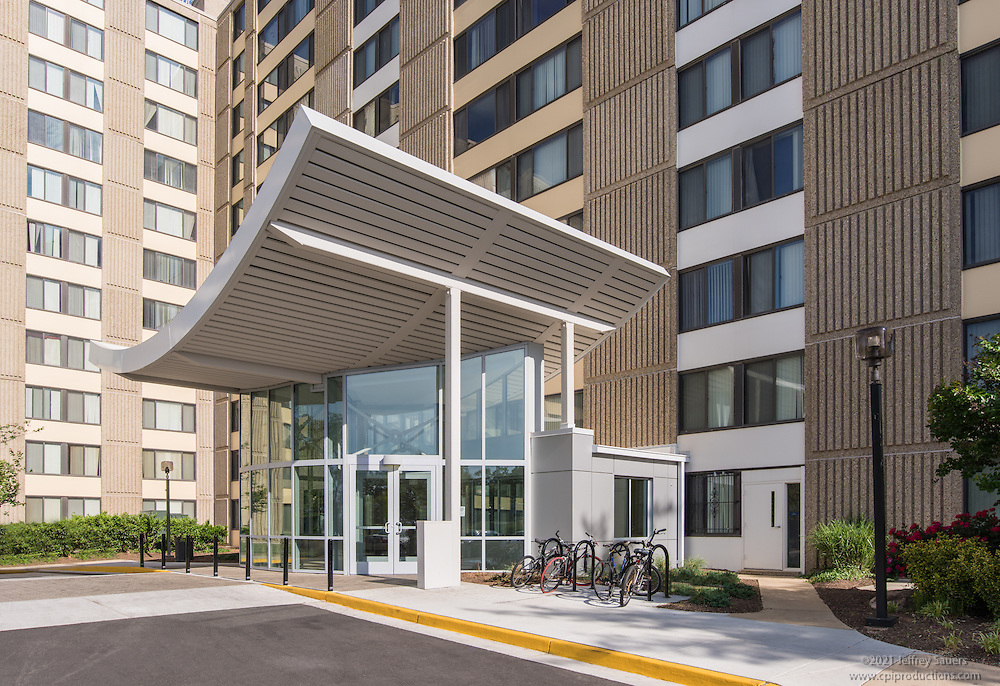 Exterior image of Edgewood Commons IV in Washington DC by Jeffrey Sauers of Commercial Photographics, Architectural Photo Artistry in Washington DC, Virginia to Florida and PA to New England