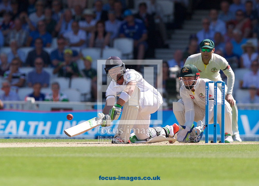 Ian Bell of England plays a sweep shot watched by wicketkeeper Peter Nevill of Australia during the 5th Investec Ashes Test Match match at the Kia Oval, London<br /> Picture by Alan Stanford/Focus Images Ltd +44 7915 056117<br /> 22/08/2015