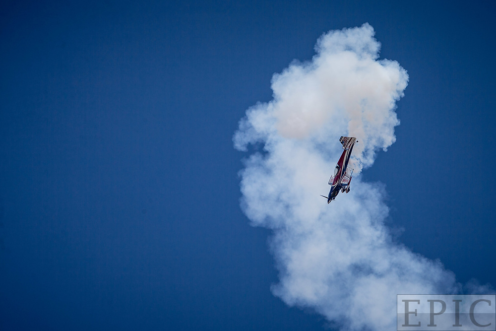 RENO, NV - SEPTEMBER 14: Air acrobatics performer Brad Wursten leaves a cloud of smoke after a maneuver at the Reno Championship Air Races on September 14, 2017 in Reno, Nevada. (Photo by Jonathan Devich/Getty Images) *** Local Caption *** Ben Wursten