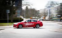 2020-03-23 | Växjö, Sverige:  En av få bilar på väg genom en av stadens rondeller när trafiken är mindre på grund av smittorisken av Coronaviruset Covid-19. ( Foto av: Fredrik Sten | Swe Press Photo )<br /> <br /> Nyckelord: