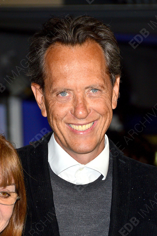 04.JANUARY.2012. LONDON<br /> <br /> RICHARD E GRANT AT THE EUROPEAN PREMIERE OF THE IRON LADY AT THE BFI SOUTHBANK IN LONDON<br /> <br /> BYLINE: EDBIMAGEARCHIVE.COM<br /> <br /> *THIS IMAGE IS STRICTLY FOR UK NEWSPAPERS AND MAGAZINES ONLY*<br /> *FOR WORLD WIDE SALES AND WEB USE PLEASE CONTACT EDBIMAGEARCHIVE - 0208 954 5968*