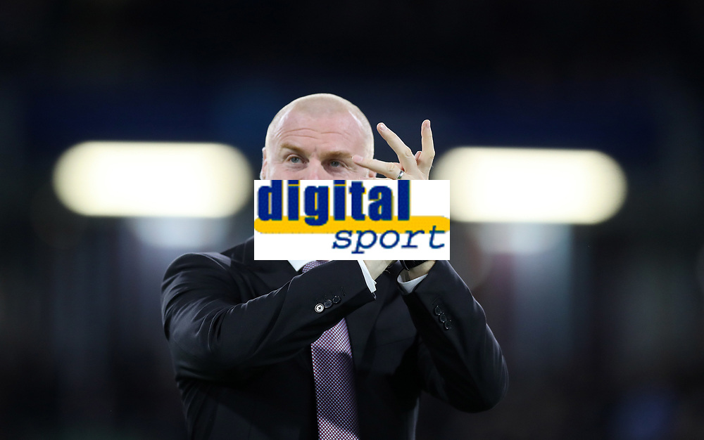 Football - 2017 / 2018 EFL (League) Cup - Third Round: Burnley vs. Leeds United<br /> <br /> Sean Dyche manager of Burnley at Turf Moor.<br /> <br /> COLORSPORT/LYNNE CAMERON