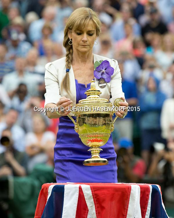 Wimbledon Feature, Lorrayne Gracie bringt den  Challenge Cup auf den Centre Court, Herren Einzel Finale,Endspiel,Siegerehrung,Praesentation,<br /> <br /> Tennis - Wimbledon 2015 - Grand Slam ITF / ATP / WTA -  AELTC - London -  - Great Britain  - 12 July 2015.