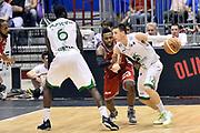 DESCRIZIONE : Milano Lega A 2013-14 EA7 Emporio Armani Milano vs Montepaschi Siena playoff Finale gara 5<br /> GIOCATORE : Matt Janning Othello Hunter<br /> CATEGORIA : Palleggio Blocco Controcampo <br /> SQUADRA : Montepaschi Siena<br /> EVENTO : Finale gara 5 playoff<br /> GARA : EA7 Emporio Armani Milano vs Montepaschi Siena playoff Finale gara 5<br /> DATA : 23/06/2014<br /> SPORT : Pallacanestro <br /> AUTORE : Agenzia Ciamillo-Castoria/GiulioCiamillo<br /> Galleria : Lega Basket A 2013-2014  <br /> Fotonotizia : Milano Lega A 2013-14 EA7 Emporio Armani Milano vs Montepaschi Siena playoff Finale gara 5<br /> Predefinita :