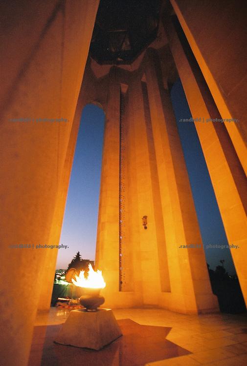Ethernal flame in war memorial in Baku, Aserbaijan.