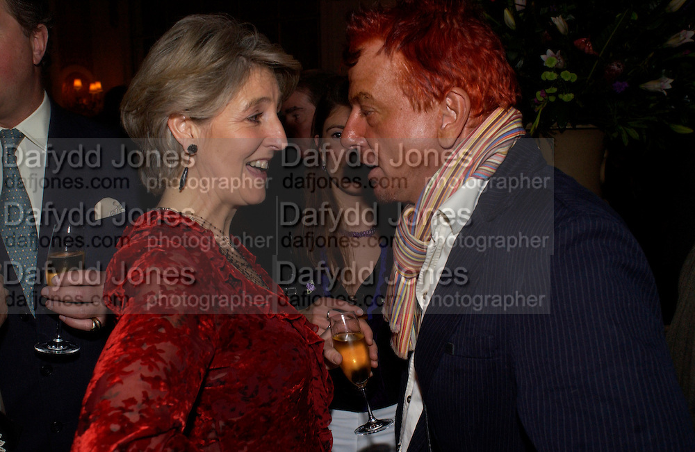 Countess Alexander of Tunis, Lady rose Alexander and Nicky Haslam, Snobs by Julian Fellowes, the Ritz. 5 April 2004. ONE TIME USE ONLY - DO NOT ARCHIVE  © Copyright Photograph by Dafydd Jones 66 Stockwell Park Rd. London SW9 0DA Tel 020 7733 0108 www.dafjones.com