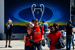 Liverpool fans pose for a picture outside the Olympic Stadium in Kiev - Mandatory by-line: Robbie Stephenson/JMP - 26/05/2018 - FOOTBALL - Olympic Stadium - Kiev,  - Real Madrid v Liverpool - UEFA Champions League Final