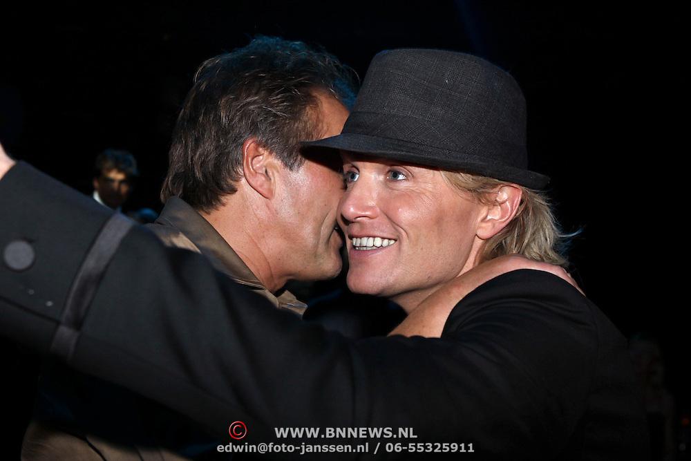 NLD/Hilversum/20081102 - Premiere Dinnershow of Dreams, hans Klok in gesprek met ex partner Frank Gutteling