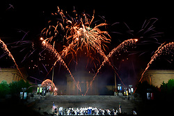 Fireworks over the Art Museum closes out the Independence Day celebrations on the Parkway. (Bastiaan Slabbers for WHYY)