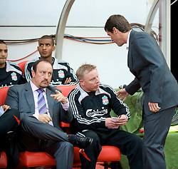 SUNDERLAND, ENGLAND - Saturday, August 16, 2008: Liverpool's manager Rafael Benitez and Sunderland's manager Roy Keane before the opening Premiership match of the season against Sunderland at the Stadium of Light. (Photo by David Rawcliffe/Propaganda)