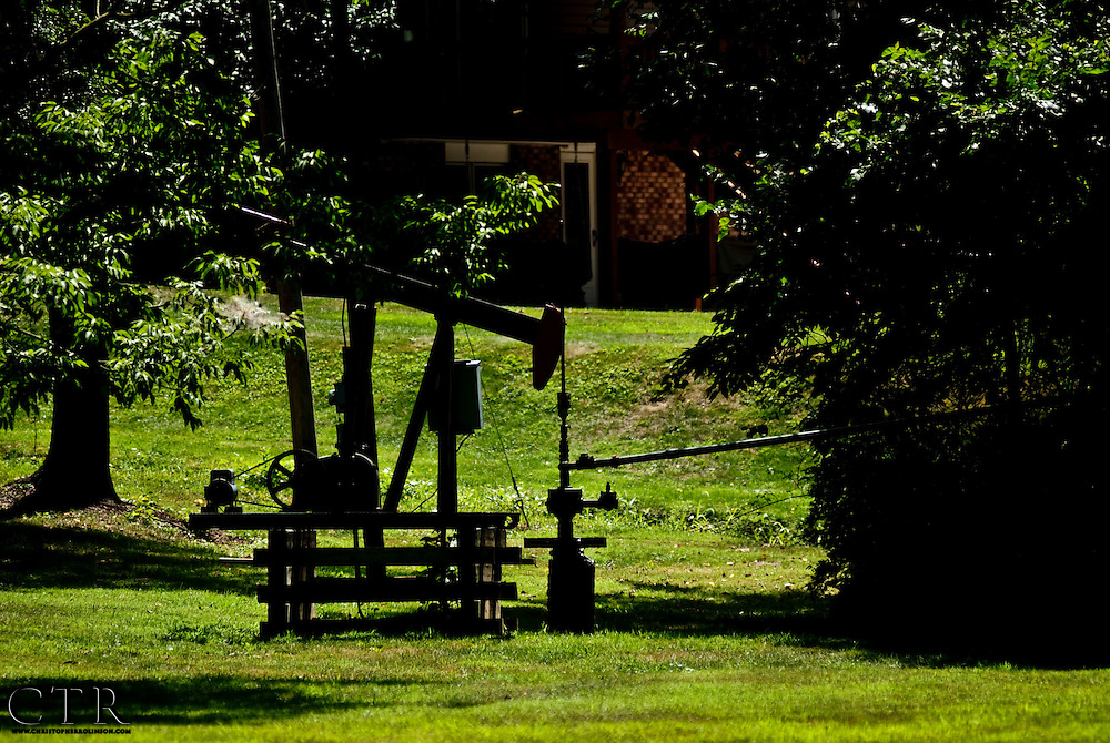 Oil derricks and oil history project of western Allegheny County Pennsylvania