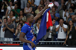 13.09.2014, City Arena, Madrid, ESP, FIBA WM, Frankreich und Litauen, Entscheidungsspiel zwischen Platz 3 und 4, im Bild France´s Diaw celebrates his bronze medal // during FIBA Basketball World Cup Spain 2014 playoff match place 3 and 4 between France and Lithuania at the City Arena in Madrid, Spain on 2014/09/13. EXPA Pictures © 2014, PhotoCredit: EXPA/ Alterphotos/ Victor Blanco<br /> <br /> *****ATTENTION - OUT of ESP, SUI*****