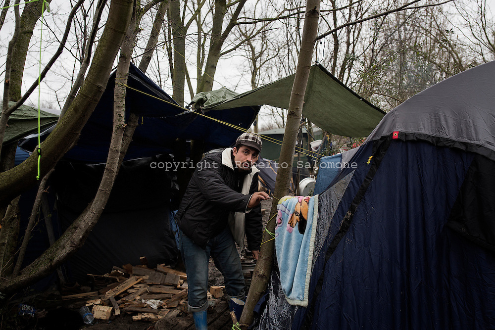 FRANCE, Grand Synthe - A view of the Grand Synthe refugee camp. The camp counts more than 2.500 migrants and refugees. Most of them are Kurdish or Iranian. The conditions in the camp are very difficult: there is no electricity, no woodden or plastic shelters but only tents, mud.<br /> Ph. Roberto Salomone