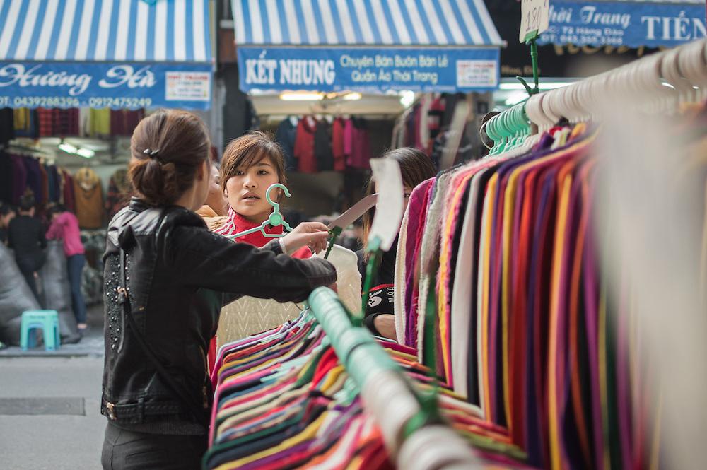 Street Fashion | Hanoi, Vietnam