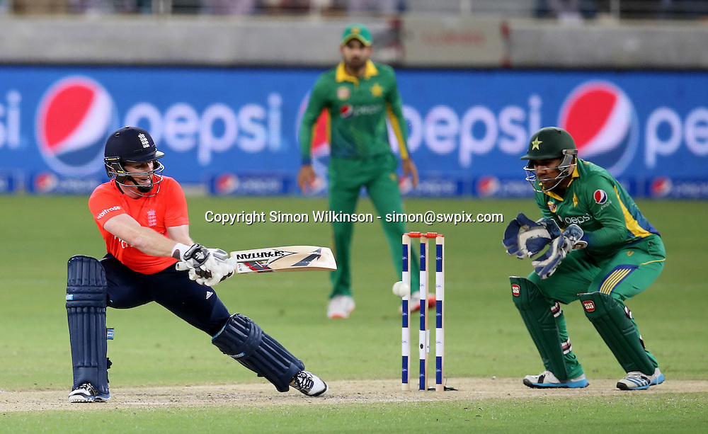 PICTURE BY MARK GREEN/SWPIX.COM  Pakistan v England 1st T20, Dubai Internayional Stadium, UAE, 26/11/15 <br /> England Captain Eoin Morgan was unbeaten for 45